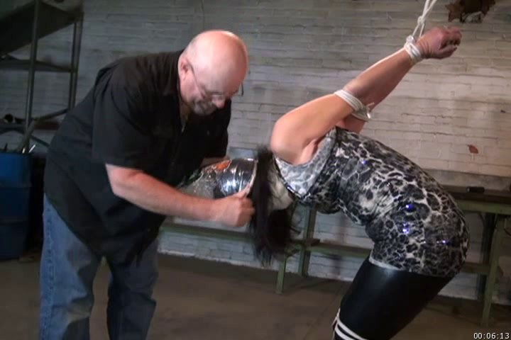 Jim Hunter-Gigi-Brutally Bound and Bagged